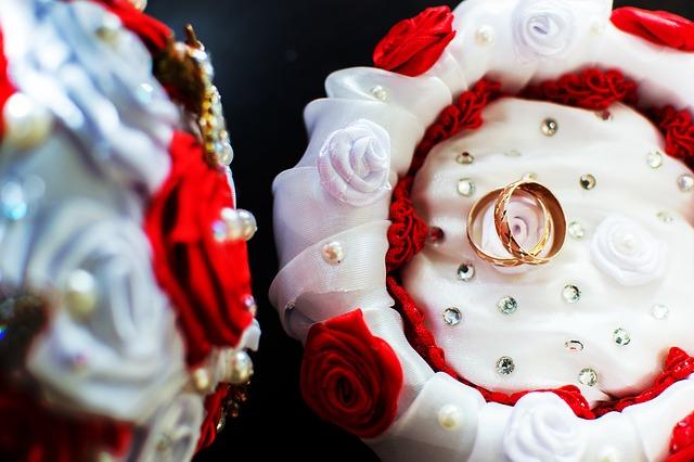 Hochzeitseinlagen und Comedy-Einlagen für Hochzeiten und Hochzeitsfeiern