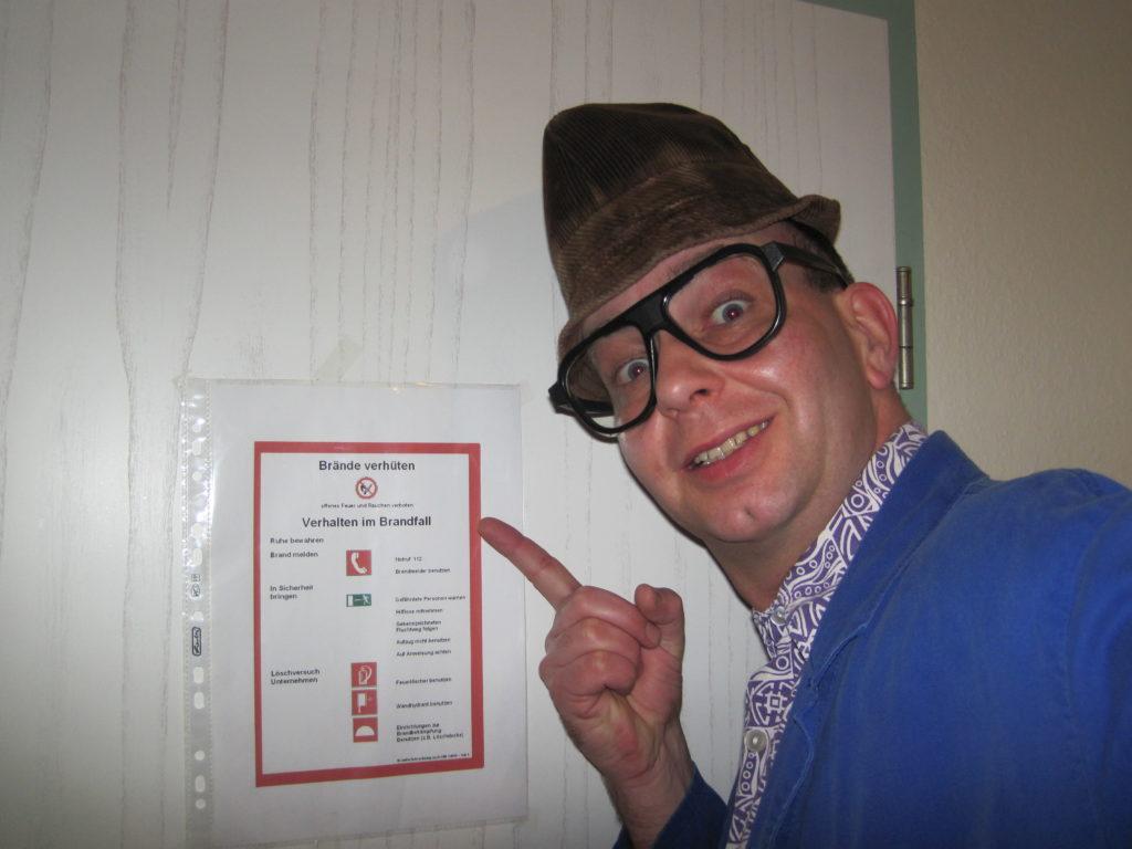 Comedy mit Hausmeister Kalle - lustige Einlage für Familienfeier